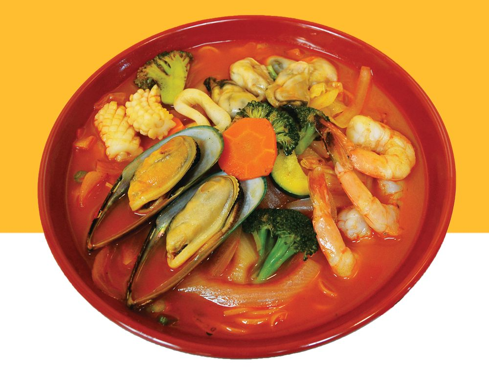 Spicy Oyster Noodle Soup