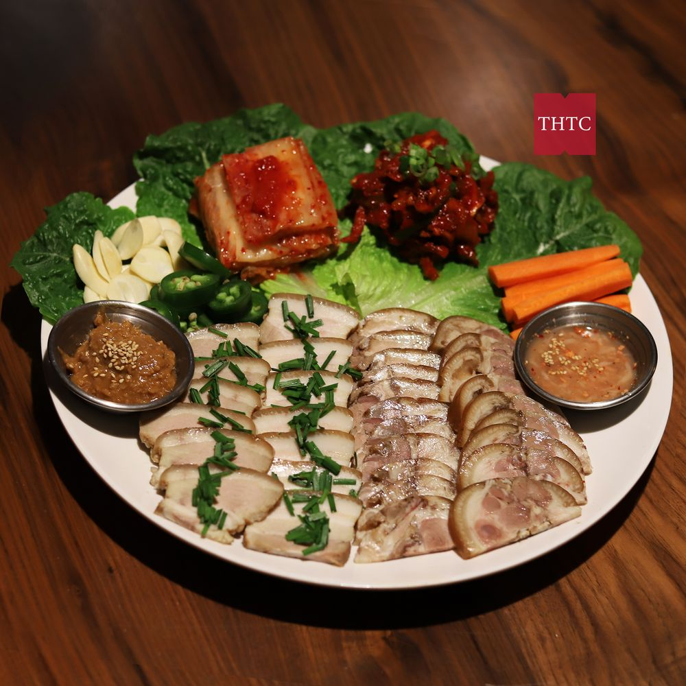 Steamed Pork Belly&Feet with Kimchi